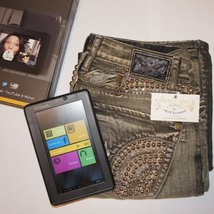 Robin's Jean Size 34 with free tablet